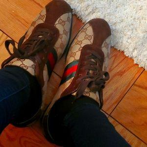 classic gucci sneakers